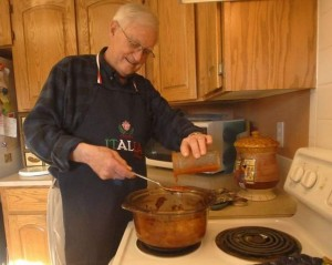 Don Eversoll in the Kitchen - V. RICHARD HARO/THE COLORADOAN